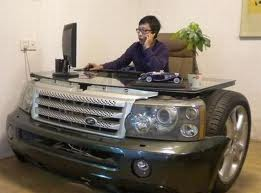 A bold stab at making a desk more like a car.