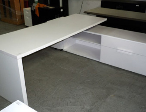 Knoll Desk, 42″ Right Hand Return