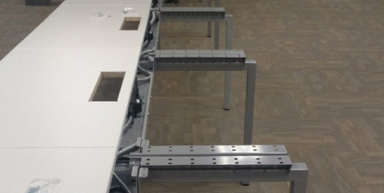 (140) 4x2 Benching Workstations